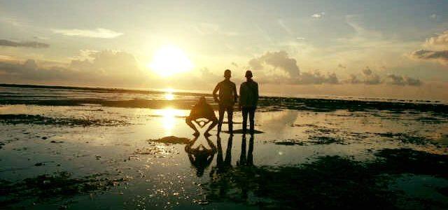 Wisata Pantai Teluk Buton - Natuna - Sulawesi Utara