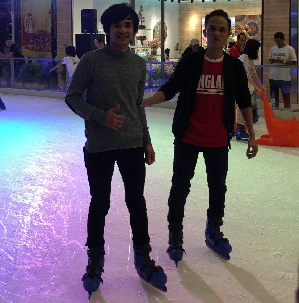 Foto Ice skating Grandcity-Surabaya