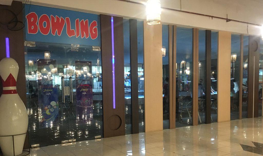 Pintu Masuk Bowling Kaza Surabaya