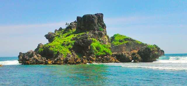 Pantai Nglambor sebagai Tempat wisata di Gungungkidul