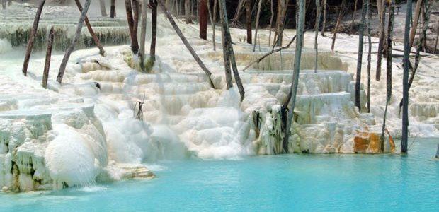 Kawah Putih Tinggi Raja-Simalungun, Sumatera Utara