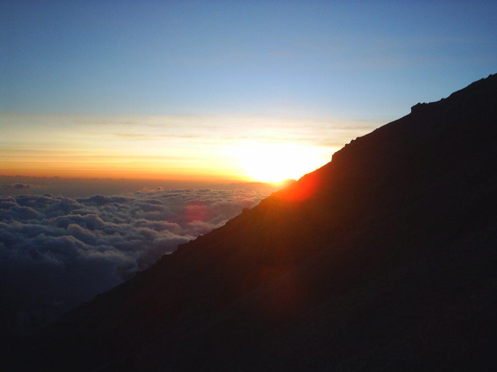Spot Sunrise Gunung Rinjani